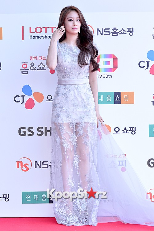 Tara's Jiyeon at Cable TV Broadcast Awards Red Carpetkey=>9 count17