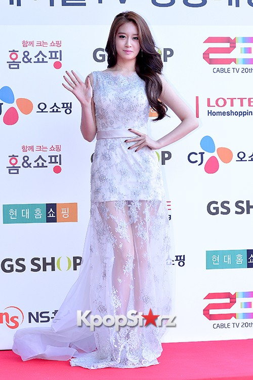 Tara's Jiyeon at Cable TV Broadcast Awards Red Carpetkey=>12 count17
