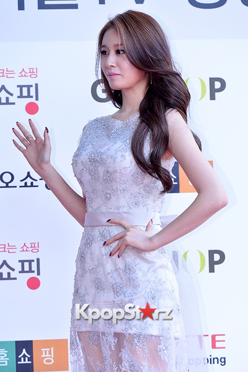 Tara's Jiyeon at Cable TV Broadcast Awards Red Carpetkey=>13 count17