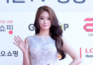 Tara's Jiyeon at Cable TV Broadcast Awards Red Carpet