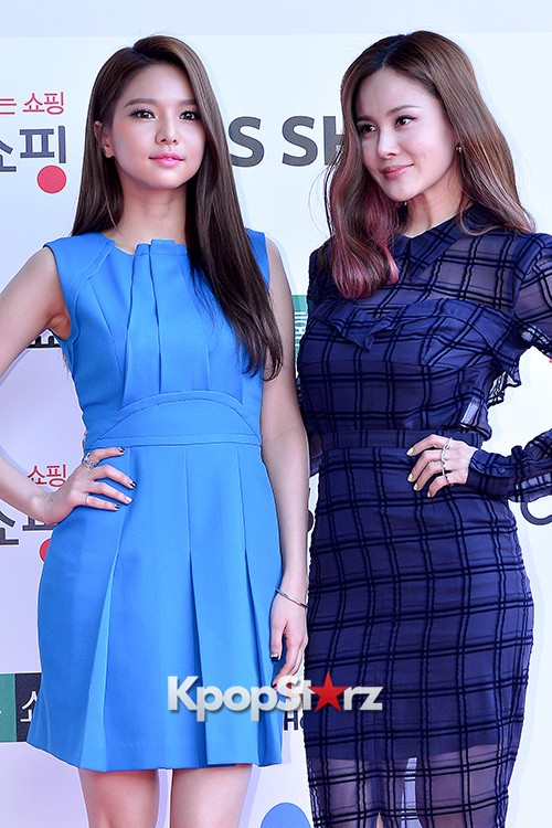 Fiestar's Jei and Ivy at Cable TV Broadcast Awards Red Carpetkey=>7 count18