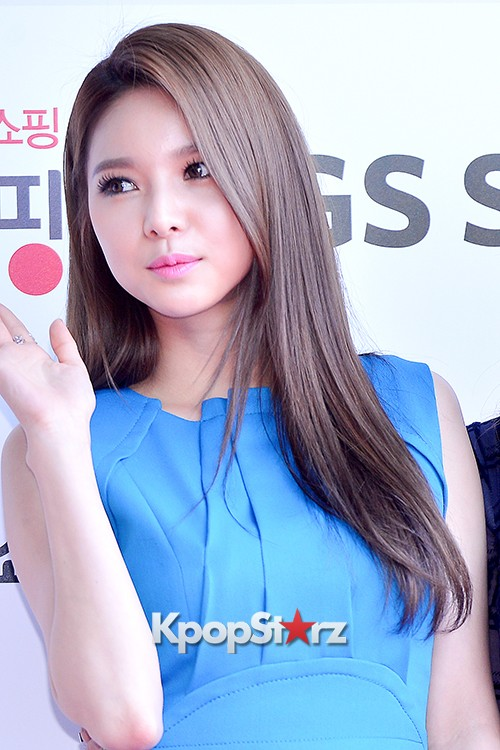 Fiestar's Jei and Ivy at Cable TV Broadcast Awards Red Carpetkey=>13 count18