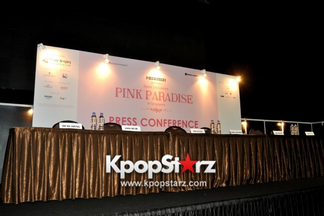 Apink Meets Singapore Media, Happy And Excited For Their First Apink Pink Paradise in Singapore [PHOTOS] key=>1 count17