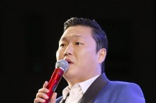 Psy Performs at Dongnam Health College Festival