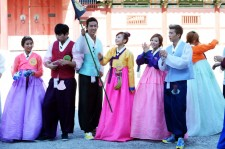 2PM, KARA, BEAST, HyunA wear Korean traditional costume 'Hanbok' at KBS ChuSeok TV Special