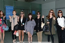 T-ARA Arrives in Malaysia for Showcase with 4,300 Fans