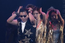'World Star' Psy's Interesting Hairstyle at 'CY X PSY' Concert