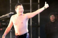 Psy's Concert in Seoul to be Aired on SBS!