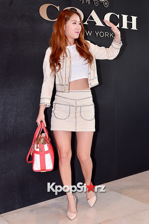 Sistar's Soyou at the Opening Ceremony of COACH Flagship Store in Seoulkey=>12 count14