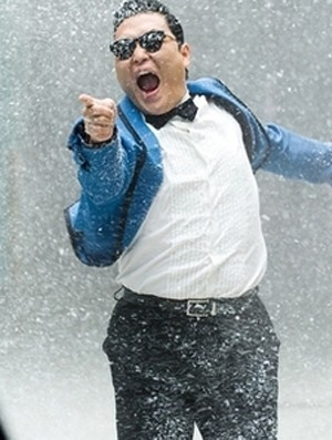 "Psy's  ""Gangnam Style"" Reaches 40 MIllion Views on Youtube!"