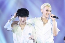 All Eyes Are On Lay As Departure Of Tao From EXO Becomes More Probable