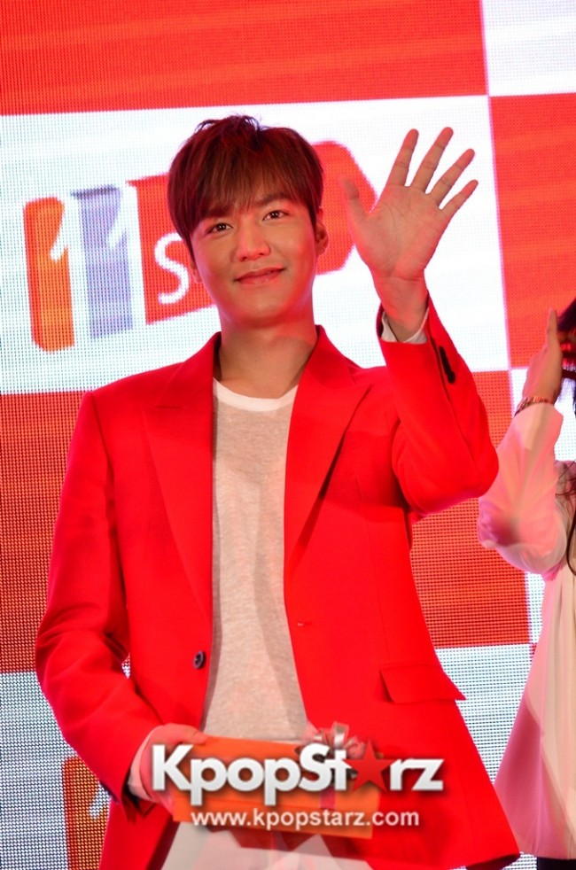 Lee Min Ho Attends 11street's Grand Launch in Malaysia - April 24, 2015 [PHOTOS]key=>1 count36