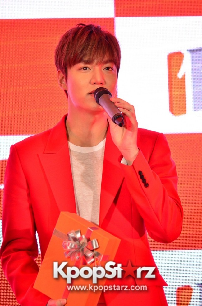 Lee Min Ho Attends 11street's Grand Launch in Malaysia - April 24, 2015 [PHOTOS]key=>16 count36