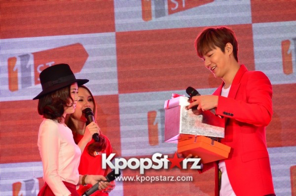 Lee Min Ho Attends 11street's Grand Launch in Malaysia - April 24, 2015 [PHOTOS]key=>21 count36