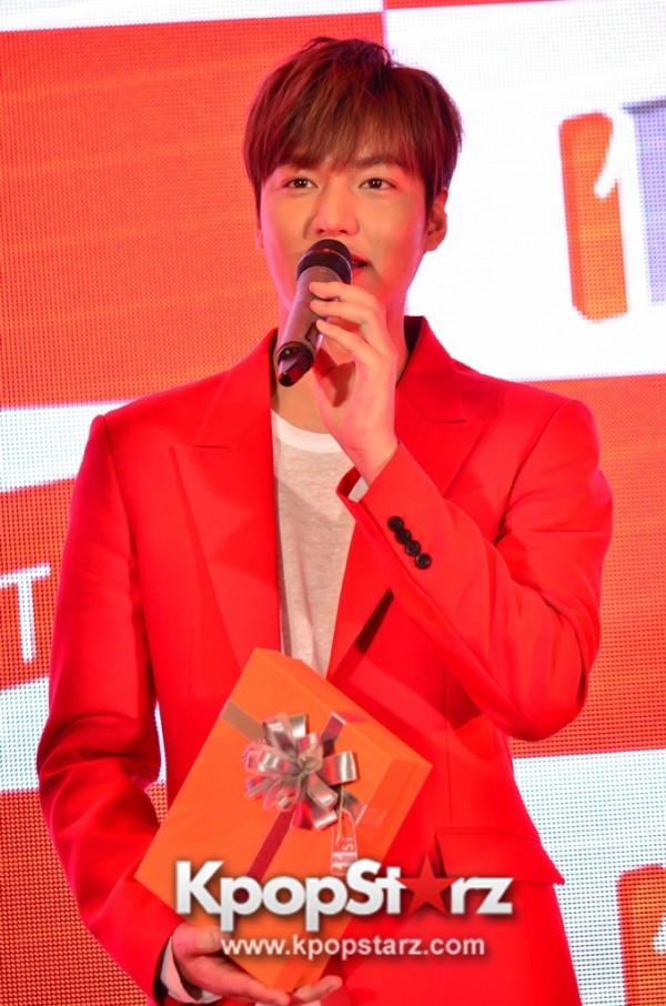 Lee Min Ho Attends 11street's Grand Launch in Malaysia - April 24, 2015 [PHOTOS]key=>17 count36