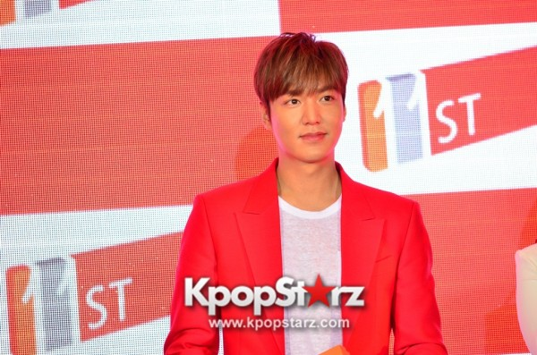 Lee Min Ho Attends 11street's Grand Launch in Malaysia - April 24, 2015 [PHOTOS]key=>19 count36