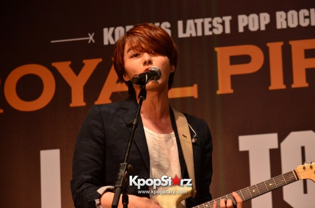 Royal Pirates wows fans in Malaysia for 'Love Toxic' promo tour - May 3, 2015 [PHOTOS]key=>15 count65