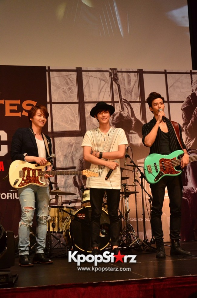Royal Pirates wows fans in Malaysia for 'Love Toxic' promo tour - May 3, 2015 [PHOTOS]key=>1 count65