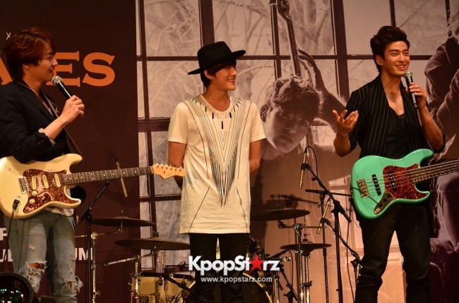 Royal Pirates wows fans in Malaysia for 'Love Toxic' promo tour - May 3, 2015 [PHOTOS]key=>24 count65