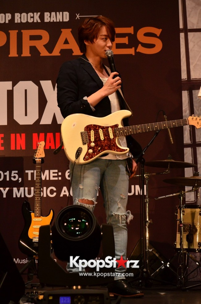 Royal Pirates wows fans in Malaysia for 'Love Toxic' promo tour - May 3, 2015 [PHOTOS]key=>32 count65