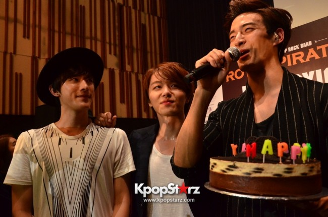 Royal Pirates wows fans in Malaysia for 'Love Toxic' promo tour - May 3, 2015 [PHOTOS]key=>59 count65