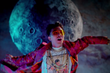 G-Dragon in 'Bae Bae' MV
