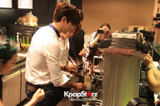 Fans Gathering: Royal Pirates as Baristas for Lucky Fans in Malaysia - May 2, 2015 [PHOTOS]key=>14 count37