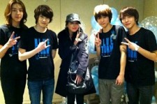 CNBlue with Lee Min Jung