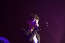 'Five Fingers' Joo Ji Hoon Holds Surprise Concert In Busan