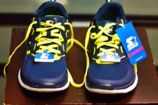 Avid Runner Reviews $16 Running Shoes From Walmart. Can You Guess How It Fared?