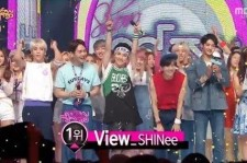 SHINee wins