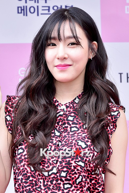 Girls Generation[SNSD] Tiffany at Girl Group & Actress Make Up Book Red Carpetkey=>20 count22