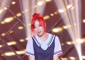 ELSIE [I'm Good] at SBS MTV 'THE SHOW All About K-pop' - June 02, 2015 [PHOTOS]