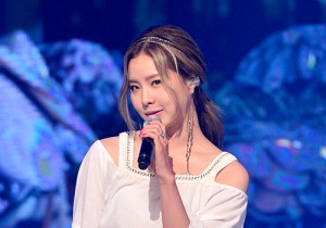 Lim Kim [Awoo] at MBC Music Show Champion