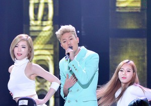 Moonshine [Prod. DO] at SBS MTV 'THE SHOW All About K-pop'