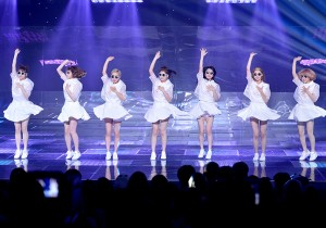 Year 7 Class 1 [White Wind] at SBS MTV 'THE SHOW All About K-pop'