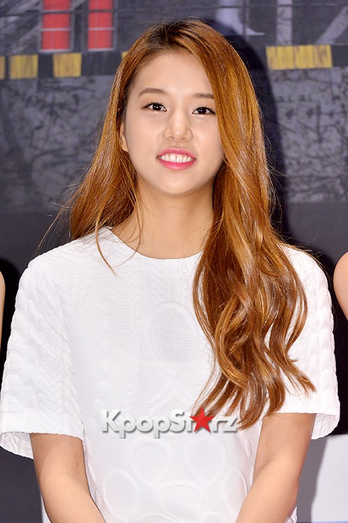 LABOUM'S Solbin at a Press Conference of MBC Every1 'Her Secret Weapon'key=>9 count12