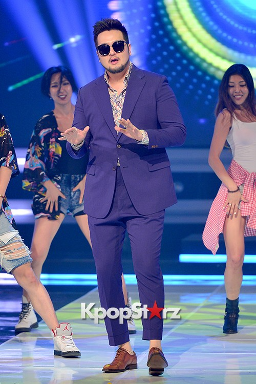 Kim Tae Woo [Lonely Funk] at MBC Music Show Championkey=>10 count13