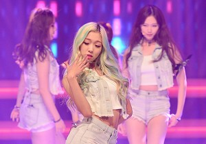 Blady [Oochie Walla Walla] at MBC Music Show Champion