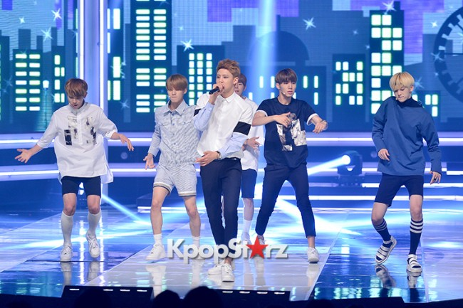 HALO [While You're Sleeping] at MBC Music Show Championkey=>3 count11