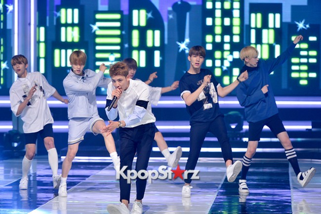 HALO [While You're Sleeping] at MBC Music Show Championkey=>7 count11