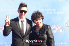 Brian Joo and Mom at Red Carpet