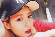 HyunA Nose Piercing 2