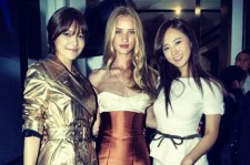 Girls' Generation Yuri and Sooyoung Pose with Model Rosie Huntington-Whiteley at Burberry Event in Hong Kong