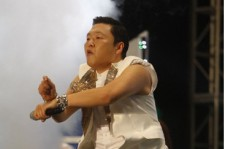 Psy to Receive 'New Media' Award at AMA's in L.A.