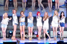 Girls Generation [SNSD] Holds Party Single Full Comeback Showcase [Talk4]