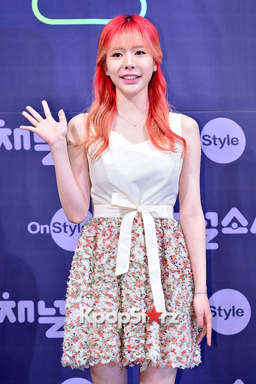 Girls' Generation[SNSD] Sunny at a Press Conference of OnStyle Channel SNSD key=>9 count25