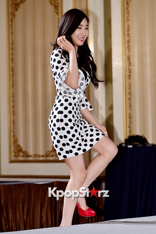 Girls' Generation[SNSD] Tiffany at a Press Conference of OnStyle Channel SNSD key=>2 count27