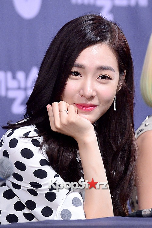 Girls' Generation[SNSD] Tiffany at a Press Conference of OnStyle Channel SNSD key=>22 count27