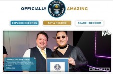 Psy Receives 'Gangnam Style' Guinness World Record Certificate in UK